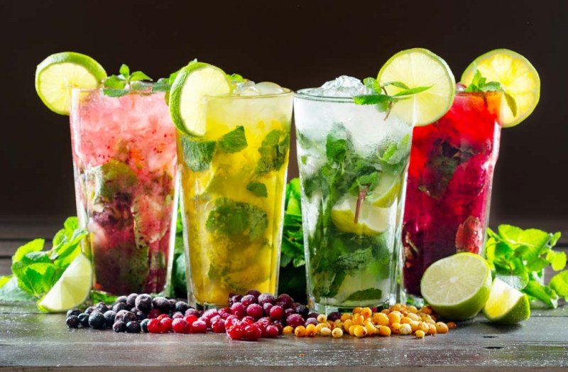 set of 4 cocktail glasses